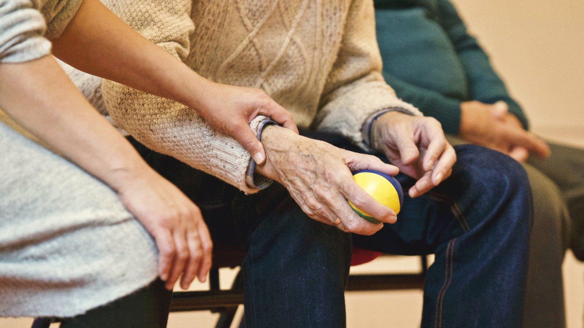 Top 10 leuke spelletjes voor ouderen en dementerende ouderen  #PG71